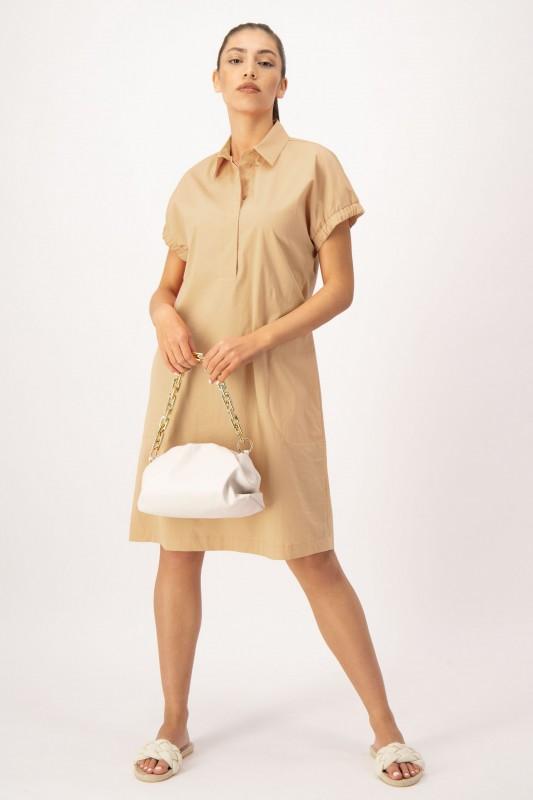 Kleid mit Hemdkragen in Beige von LOUIS and MIA