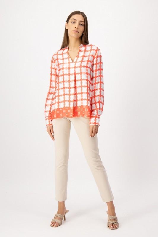 Print Bluse in Orange und Weiß von LOUIS and MIA