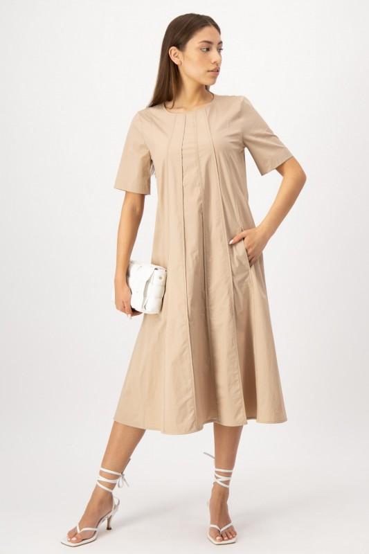 Nachhaltig produziertes Kleid in Beige von LOUIS and MIA