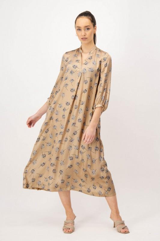 Wadenlanges Kleid aus Viskose von LOUIS and MIA