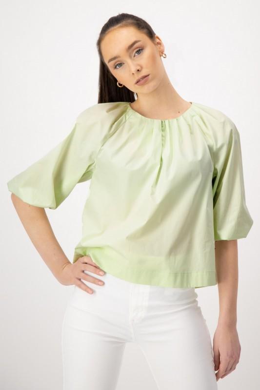Weite Bluse aus Baumwolle in Hellgrün von LOUIS and MIA