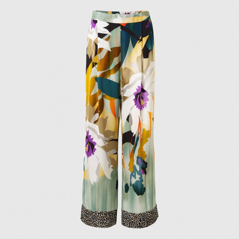 Hose im Tropical Flower-Print von LOUIS and MIA